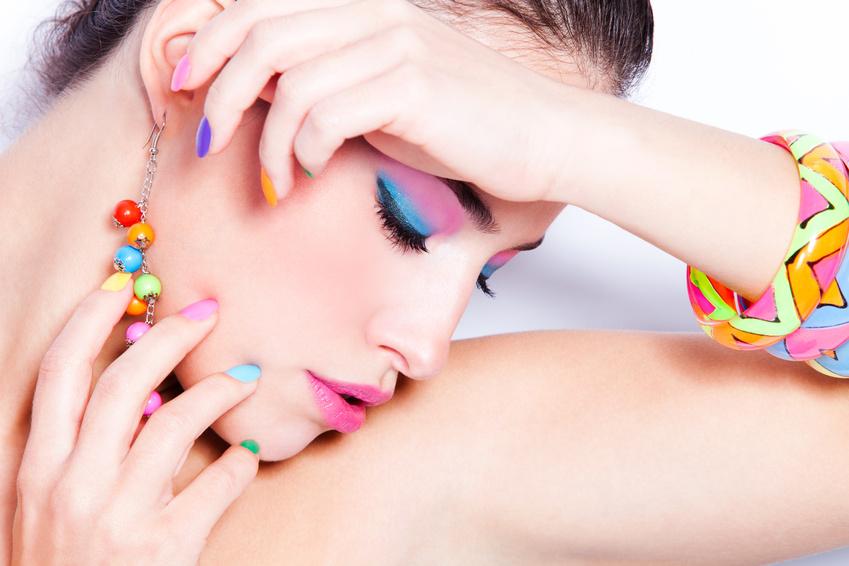 gel colorato unghie